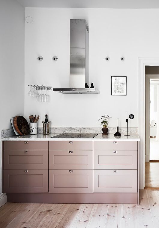 35. coco ;apine design muted pink modern glam kitchen-decorateur chic.jpeg