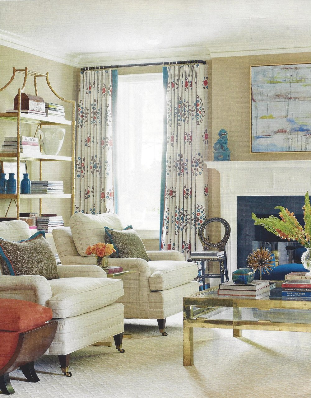 Color Palette Chic: Transitional Living Room Glamour — Décorateur Chic