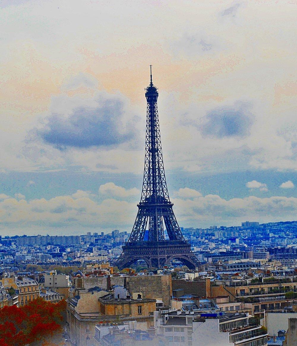 Paris France-Eiffel Tower View-Decorateur Chic-Glamorous family Travel.JPG