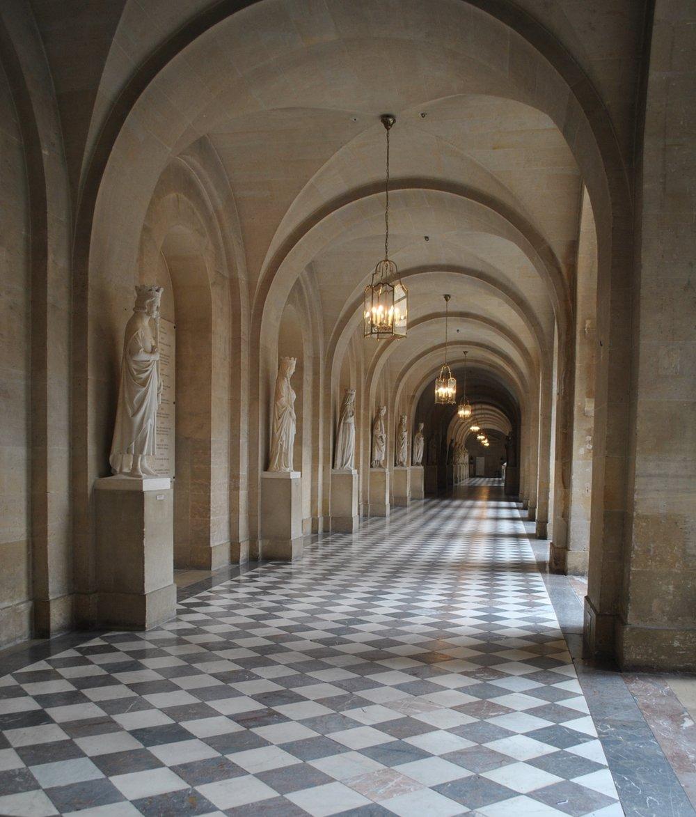 Versailles-DecorateurChic-Glamorous family travel.JPG