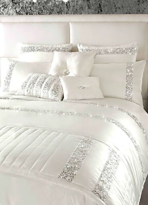 109. white sequin bedding-how to add glamour to your home-decorateur chic.jpg