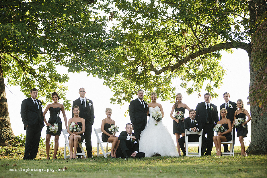 Wedding party posed outside at Stone Manor Country Club, Maryland
