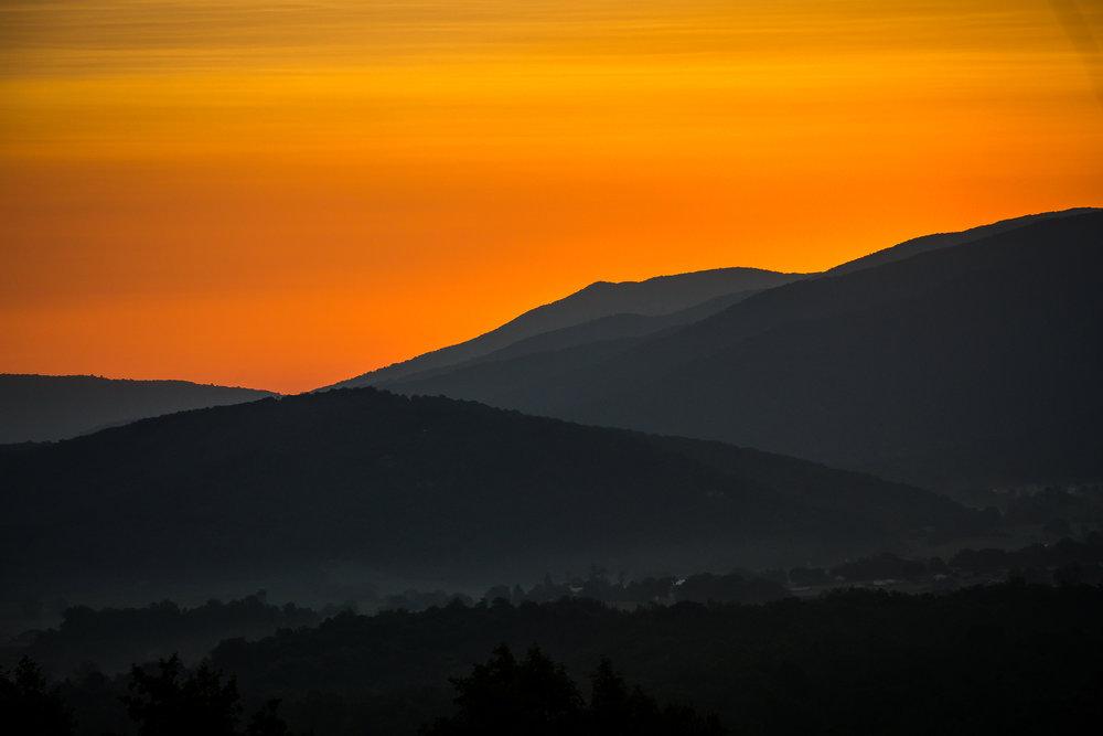Mountain sunset at Shenandoah Woods Wedding, Virginia
