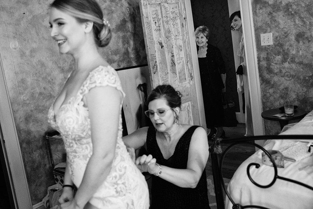 Liesl Daniel Evergreen Museum Baltimore Wedding (3 of 52).jpg