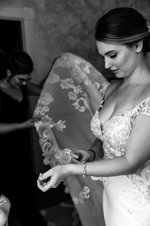 Liesl Daniel Evergreen Museum Baltimore Wedding (5 of 52).jpg