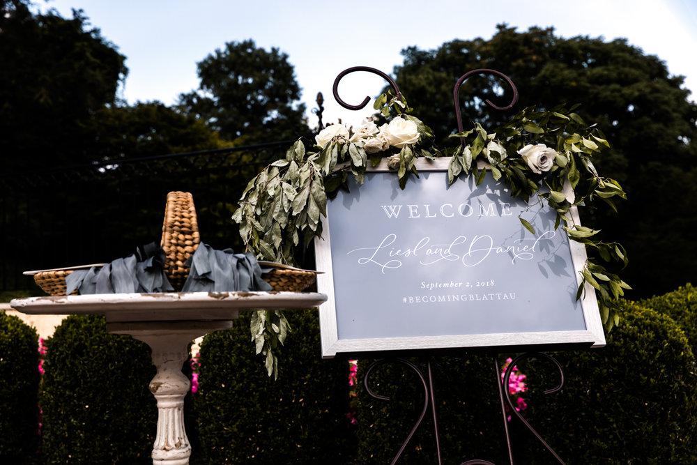 Liesl Daniel Evergreen Museum Baltimore Wedding (1 of 1)-23.jpg