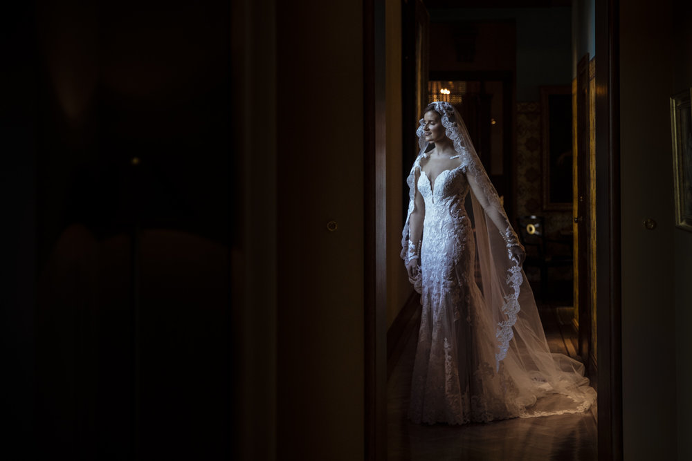 Bridal portrait, Ivy Hotel Baltimore