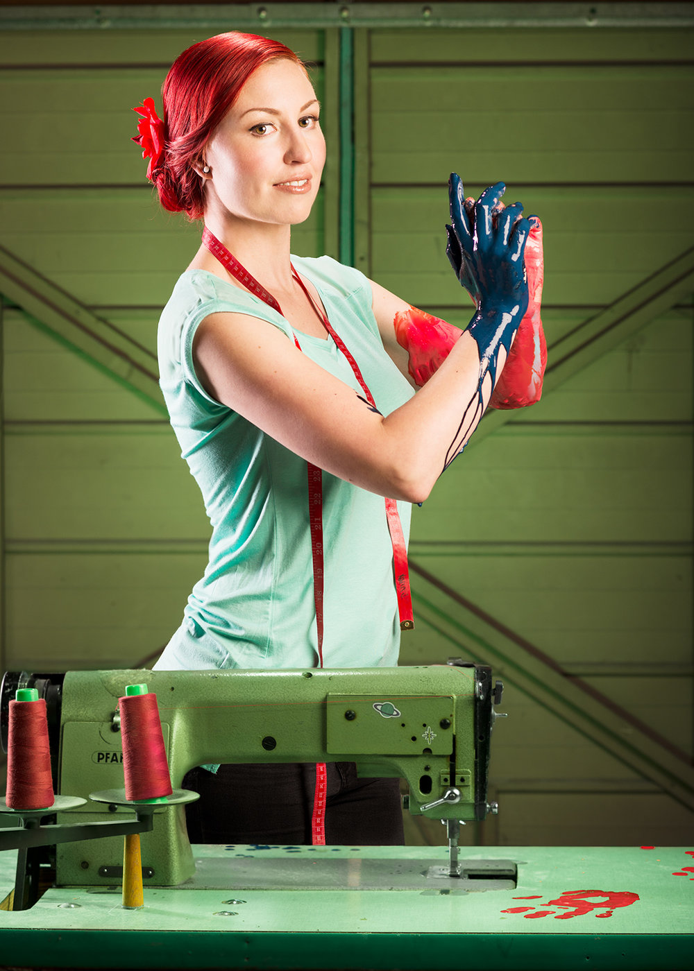 karin_green_red.jpg