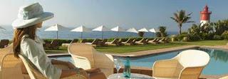 Beverly_Hills_Hotel_Pool.jpg
