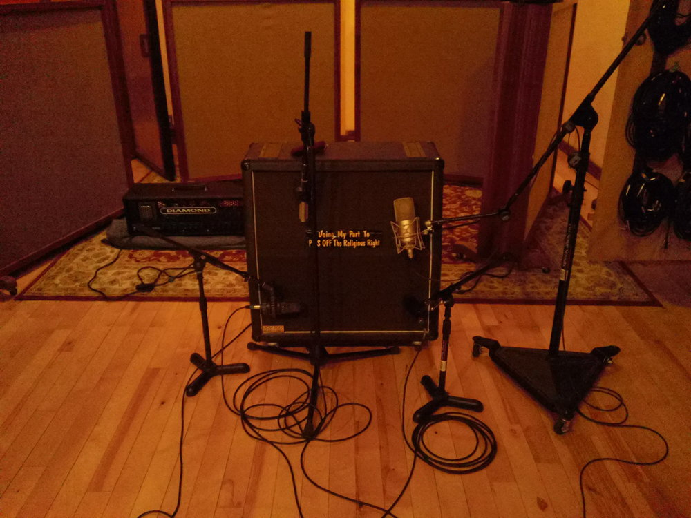 Guitar setup (2).JPG