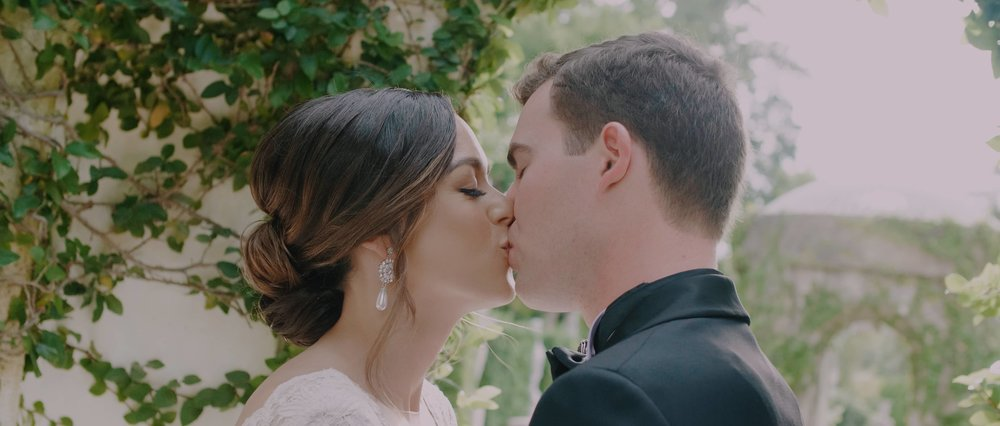 Bride and Groom Kiss at Vizcaya Museum