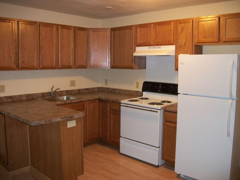 Kitchen (w appliances) (rs).jpg