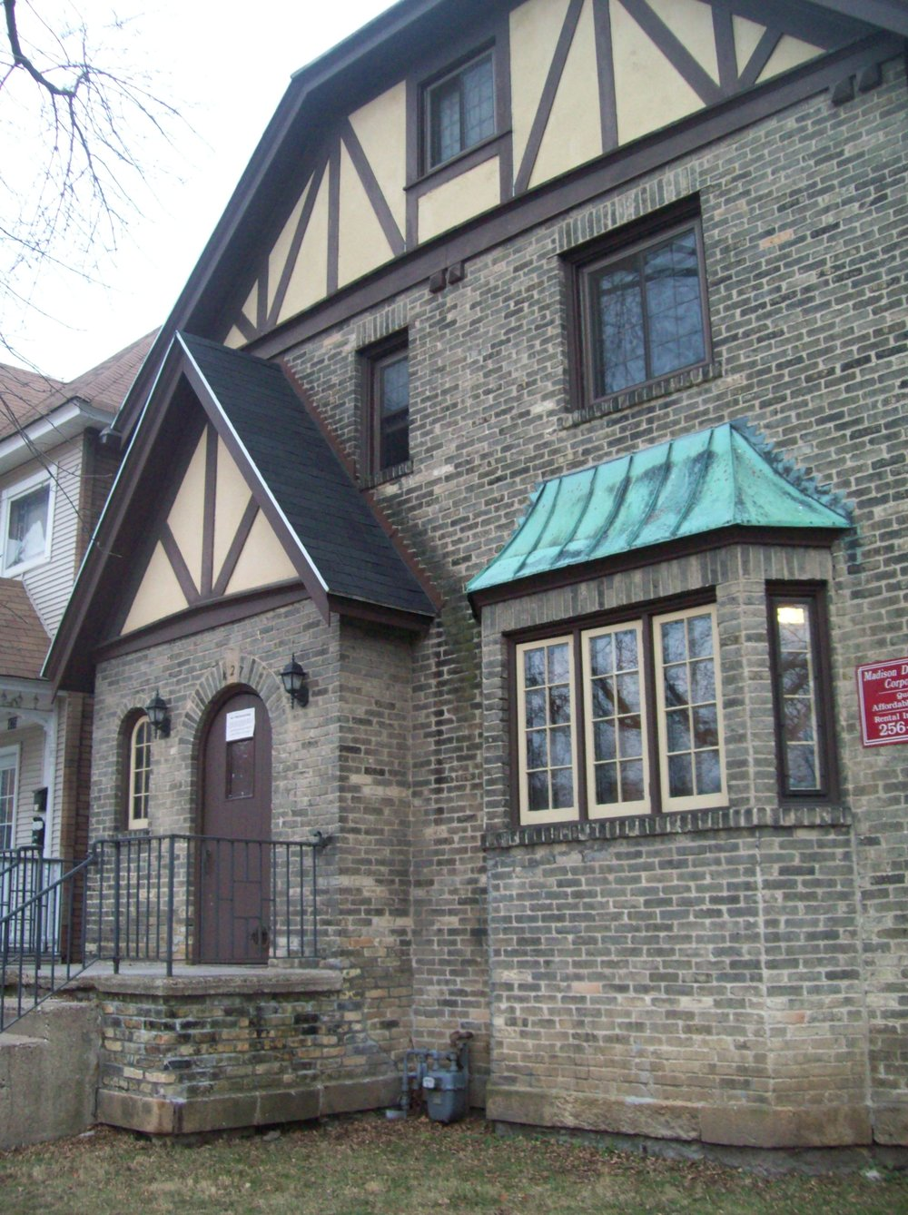 front of 427 updated 2010.jpg