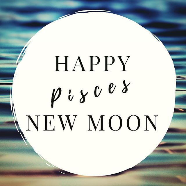 In the early hours of Thursday morning, the new moon will be in the water sign of Pisces.  Now is a good time to: 💧begin a new cycle of creative pursuits like music, art, photography 💧begin a new cycle of meditation or other spiritual practices 💧set a plan for the lunar month ahead  Pisces is associated with spirituality & water signs are emotion-based signs (as opposed to intellect, impulse or physical). Enjoy!
