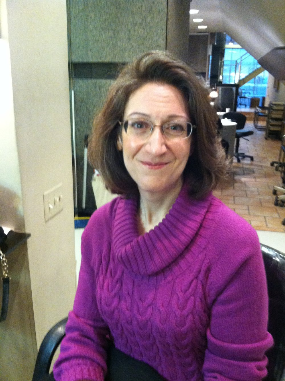 Laura Leibowitz   I have lived in the Montclair area since 1997, and hope to stay for a good, long time. I am an independent Project Management consultant, so the location is great for commuting to clients in many parts of the Bay Area. Being a supporter of the arts from the San Francisco Symphony to the Urban Institute for Contemporary Arts, I appreciate Oakland's ability to mix the best of so many worlds: multicultural, traditional, edgy, urban, and rural. It is wonderful to work with this team to help Montclair rise into its rightful place among the gems of Oakland neighborhoods.