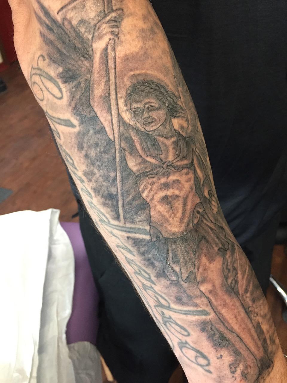 Jesse_Fowler_Tattoos_ - 7.jpg