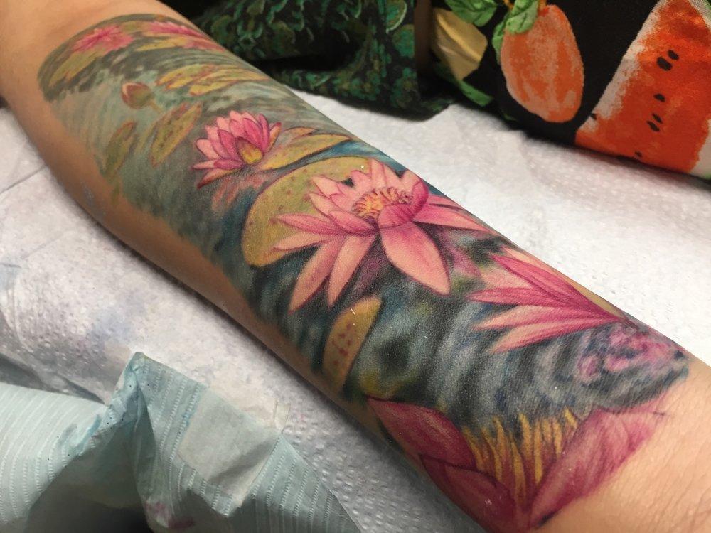 Jesse_Fowler_Tattoos_ - 8.jpg