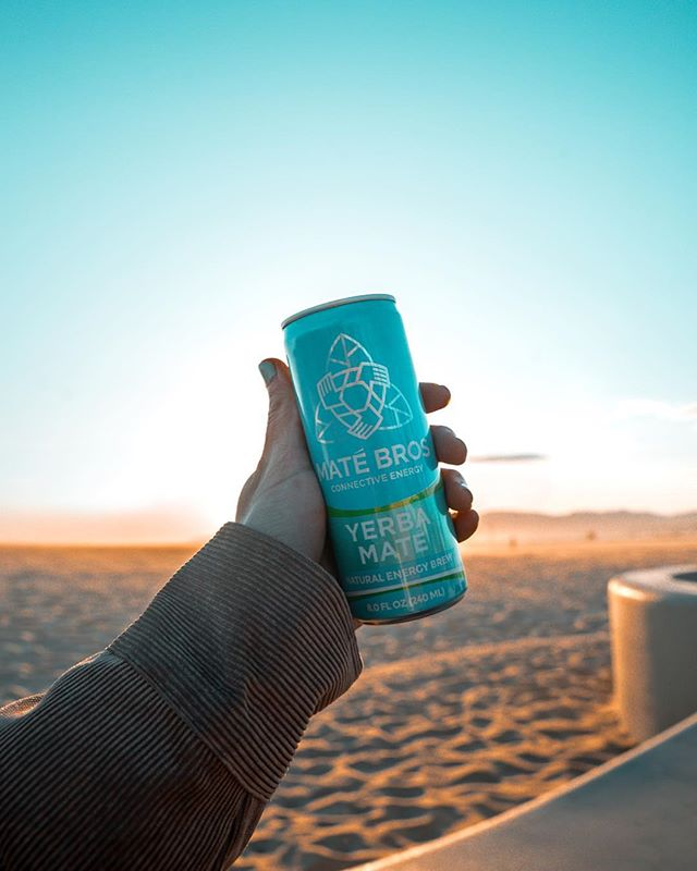 Enough natural energy in one can to keep you alert all day long, what happens when you have two? ⚡️ #NaturalEnergy #MateBros #YerbaMate #SimplyEnergy #HealthyLifestyle #Tea