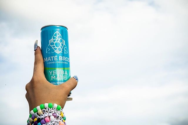 It's all about the vibes! Wishing everyone a great Monday and start to their week 🚀 #MateBros #YerbaMate #SimplyEnergy #HealthyEnergy #EnergyDrink