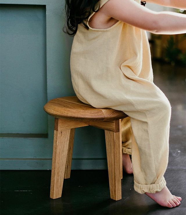 From sunnier days//• Little Lyla with the Orenda Stool.  Captured by @littlewildphotography . . . . . . . . .  #orendastool #bhavananook  #oureverydaymoments #childrensfurniture #handmade #kidsspace #childofthesun #toddlerlife #toddlerhood #consciousconsumer #parenthood_moments #magicofchildhood #play #grow #learn #create #sustainabledesign #slowliving #interiors #kidsinteriors #nurserydesign #shoplocal #buildingcommunity #goldcoastmums