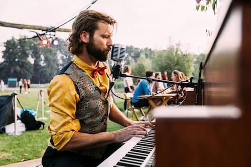 The Piano Bar_Festival_Komm_Schon_Alter_Jan_Evert.jpg