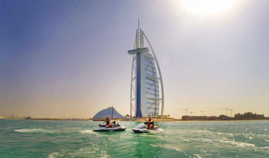 [VIDEO] 8 Dubai Watersports you Have to Try this Winter