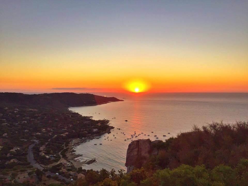 Ultimate Guide to Visit Saint Tropez like a Local - Sunrise L'escalet Saint Tropez
