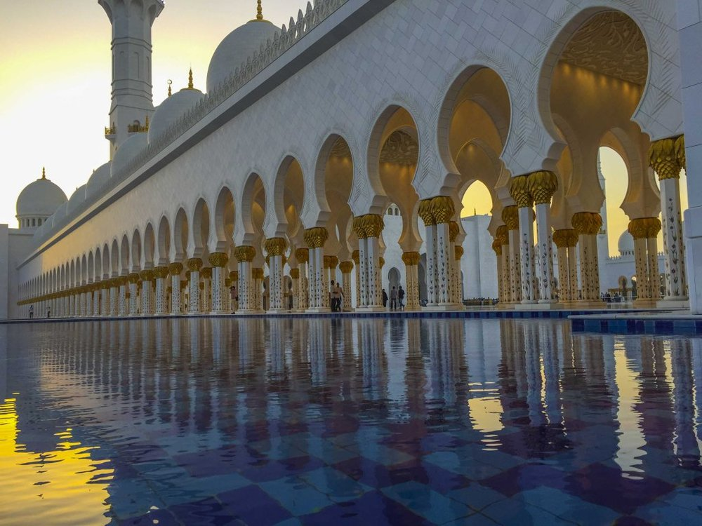Visiting the Grand Mosque, Abu Dhabi (VIDEO)