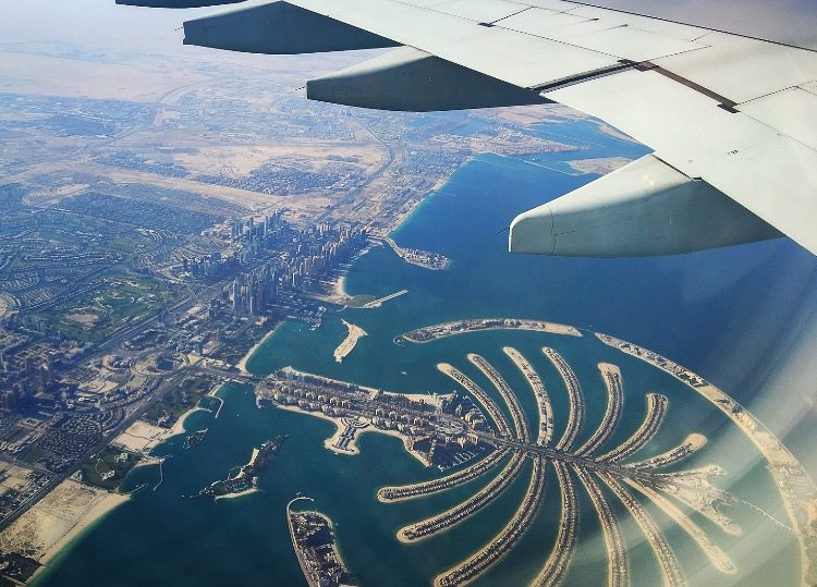 Dubai aerial view from airplane of Dubai Palm.jpg
