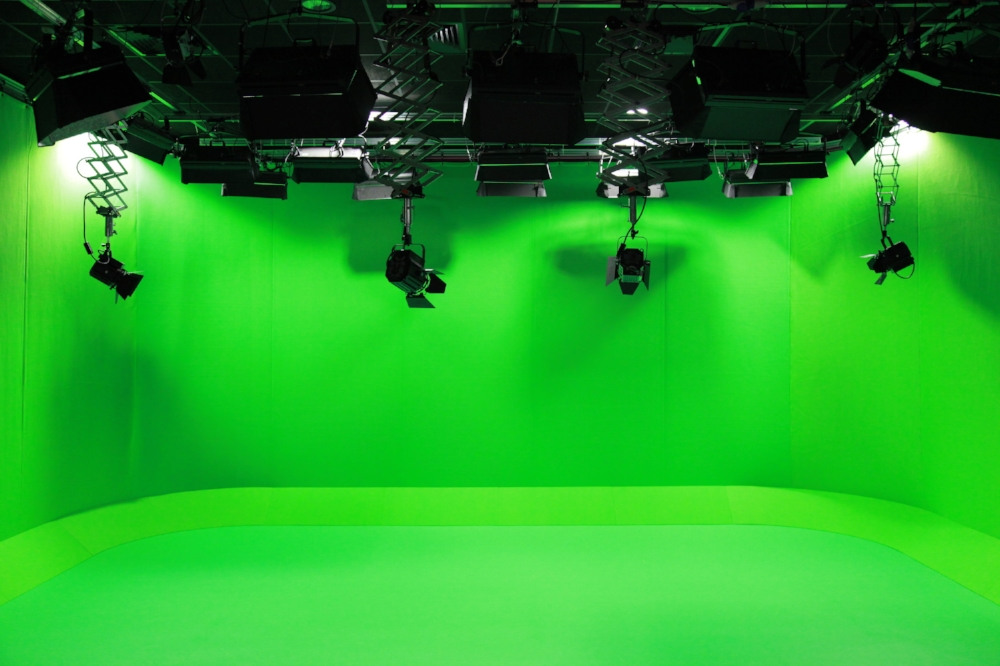VFX 100 green screen studio .jpg
