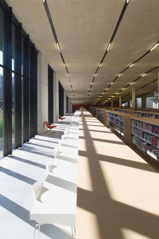 studiodannyvenlet_publicspaces_library_dendermonde_4.jpg