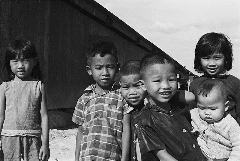 23-portraitsofvietnam-kids.jpg