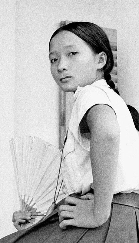 24-portraitsofvietnam-student.jpg