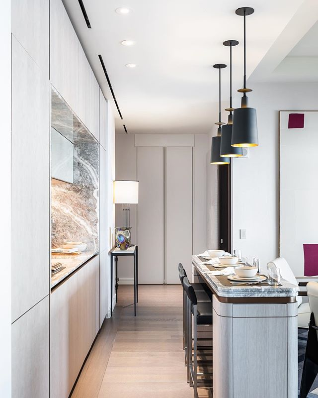 Kitchen mood @125greenwichstreet designed by @marchandwhite . . . . #125greenwichstreet #americandesign #architecture #design #designhunting #designstudio #elledecor #furniture #furnituredesign #homedecor #homegoods #interior #interiordecorating #interiordesign #interiordesigner #interiorinspiration #interiorinspo #interiors #interiorstyling #interiorstylist #moderndesign #modernhome #modeninterior
