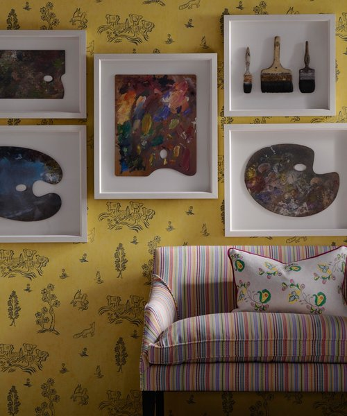 Wychwood-Provencal-Yellow-Wallpaper-with-Leto-sofa-upholstered-