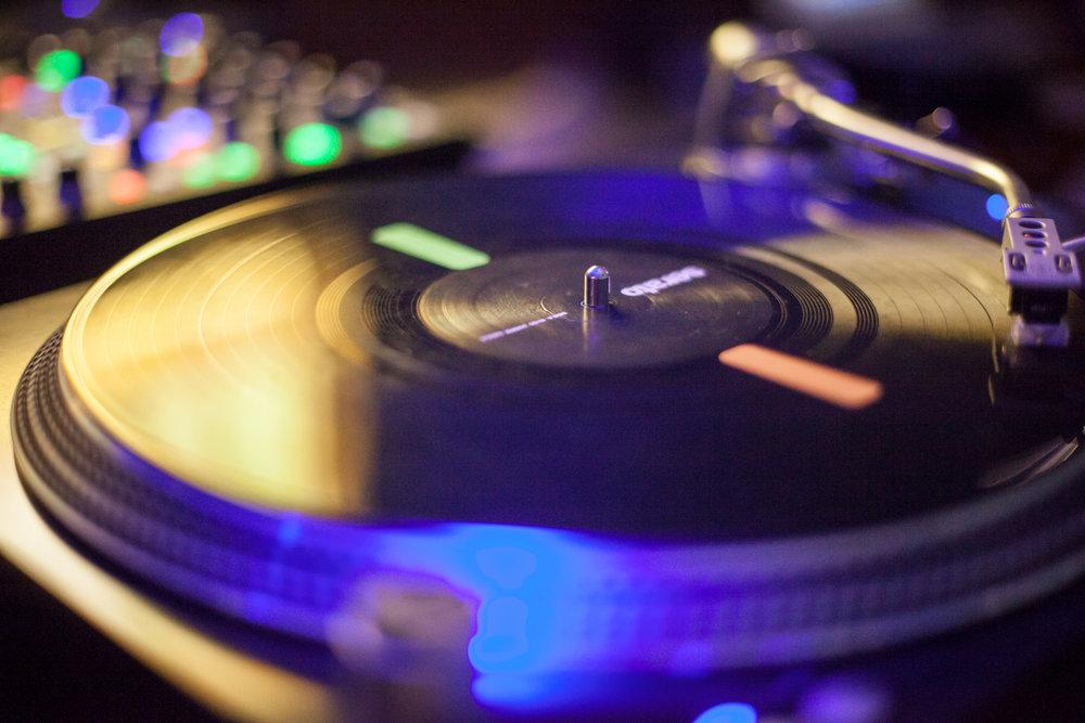 DJ+SKYHOOK-6.jpg