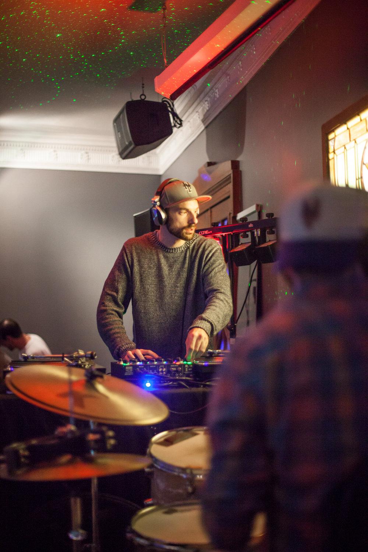 DJ+SKYHOOK-1.jpg