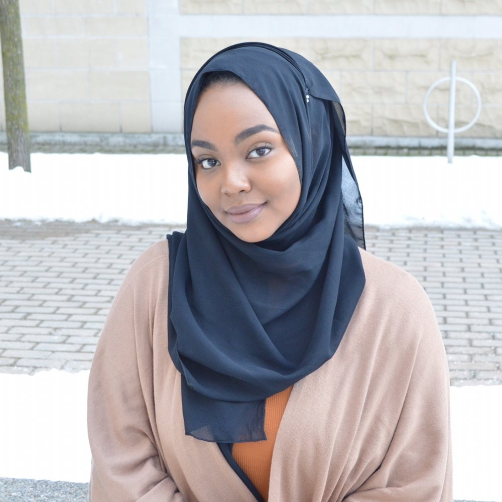 - Chair of the Advisory CouncilBilqees Mohamed is a 21 year- old social work student at Ryerson University.  She is committed to advancing the rights of women and girls through education and civic engagement. As a community organizer, Bilqees has led a Girls Summit in her former high school and has designed workshops for youth in the Don Mills area. She is also a senior writer for Yonge Magazine where her editorial work discusses issues on race, identity and women's rights. Her topics of interest include postcolonial feminism/intersectionality, critical race studies and poetry. In the future, she hopes to research and develop policies for racialized women who face barriers in access to health, economic and social opportunities.