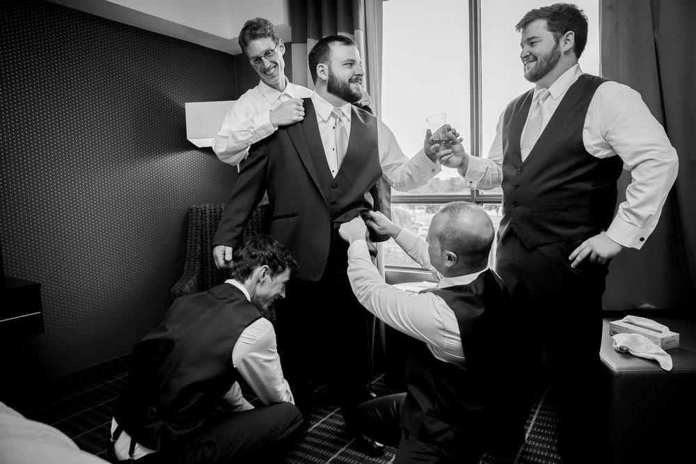 Torontoweddingphotographer-5.jpg