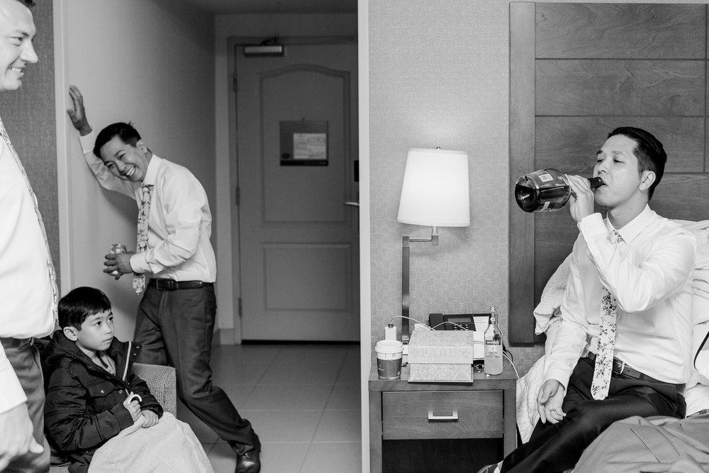 Torontoweddingphotographer-11.jpg