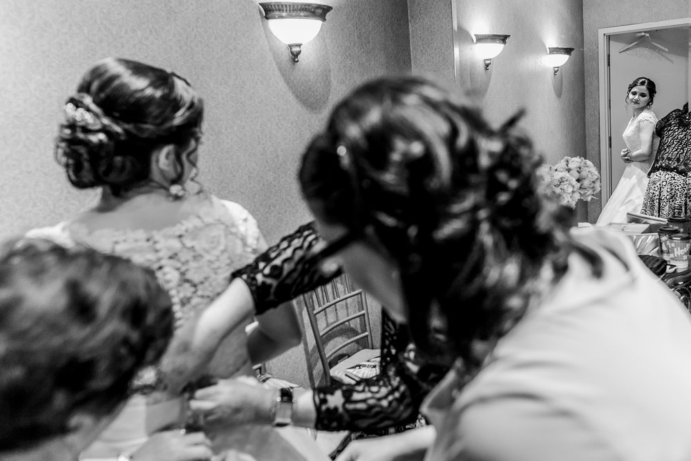 Torontoweddingphotographer-8.jpg