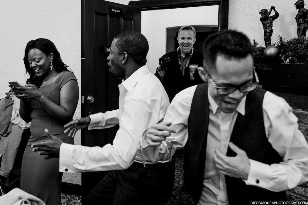Torontoweddingphotographer-6.jpg