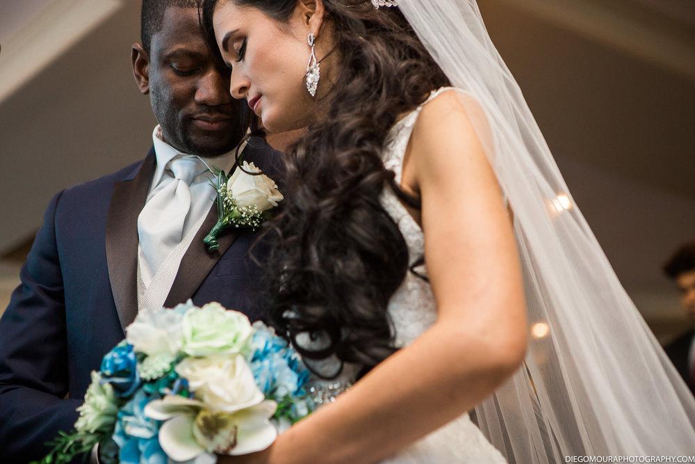 Torontoweddingphotographer-40.jpg