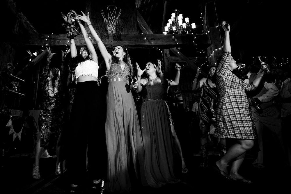 Toronto-wedding-Photograper-138.jpg