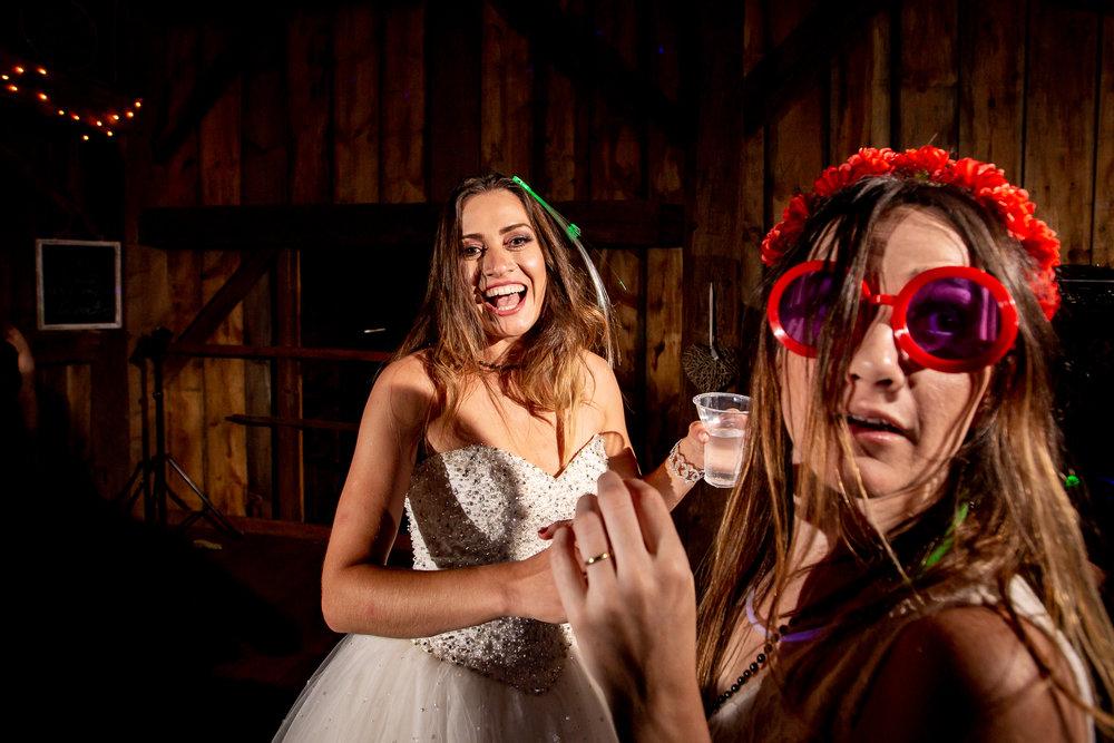 Toronto-wedding-Photograper-160.jpg