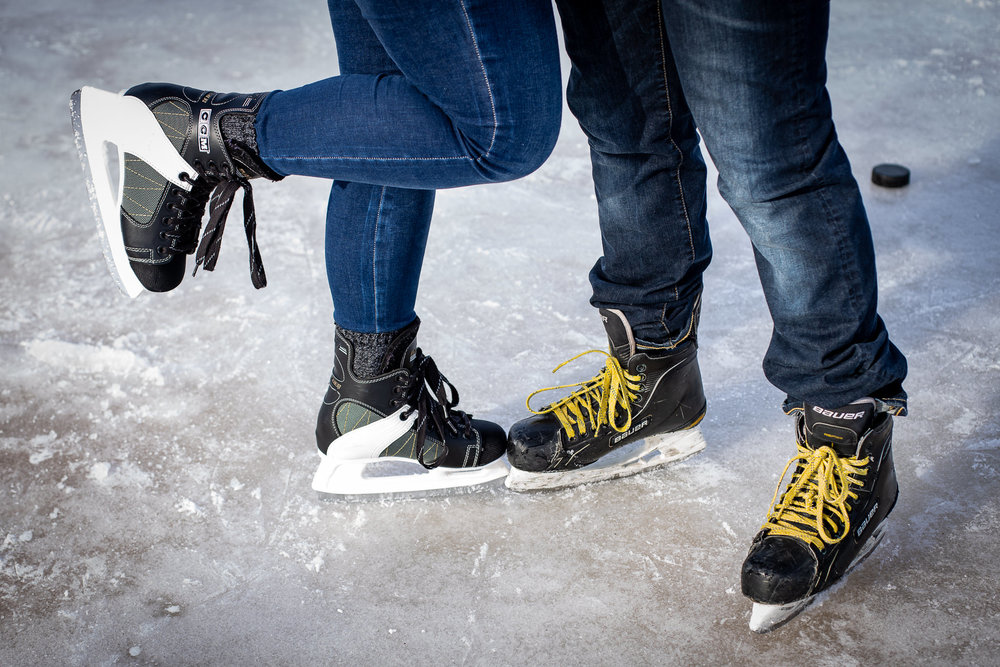 ice-skating-hockey-engagement-photos-9.jpg