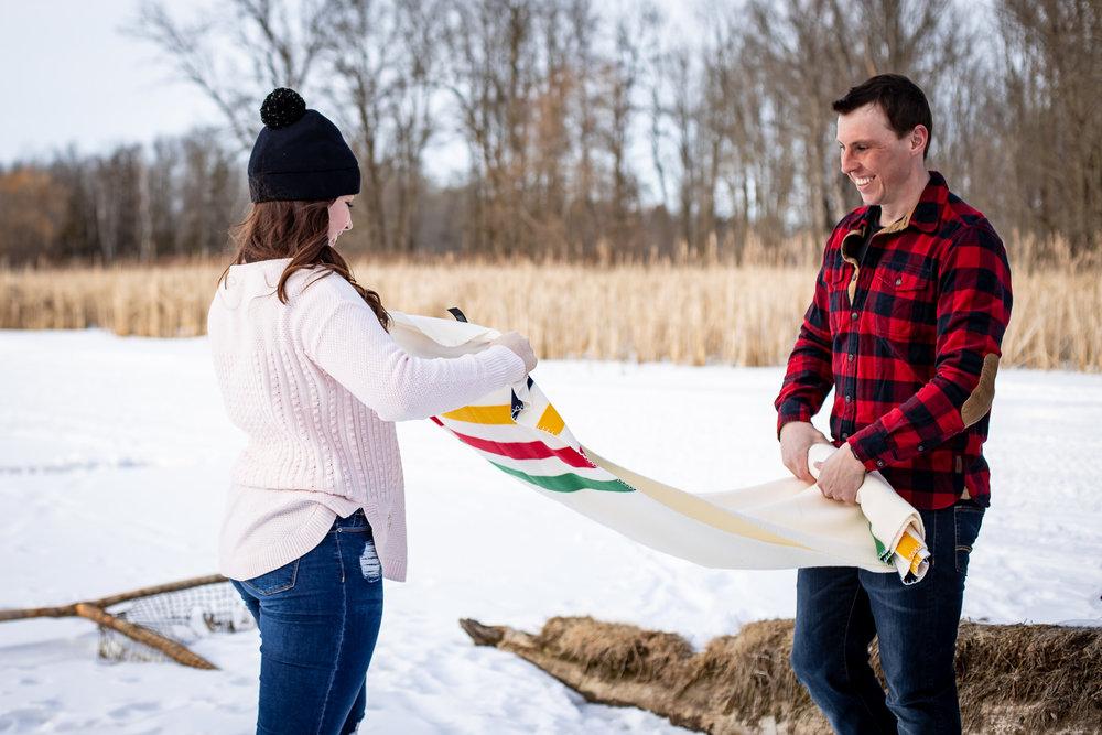 ice-skating-hockey-engagement-photos-17.jpg