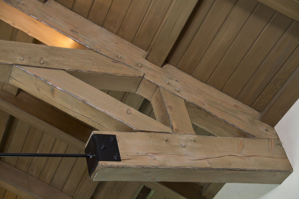 ceiling bracket.jpg