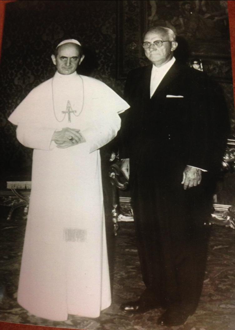Pope Paul VI (Montini) with George Strake, 1960