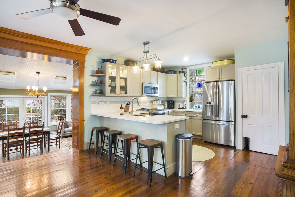 Vince May Real Estate -  406 N. 5th St Perkasie PA-online-09.jpg